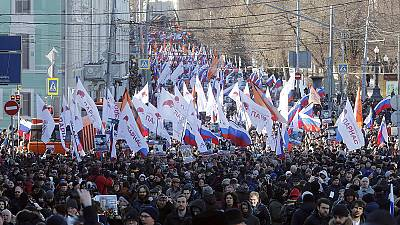 Moscow marchers 'forbidden' from passing site of Nemtsov's murder