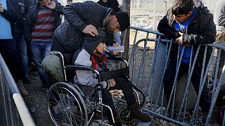 Colère des réfugiés à la frontière gréco-macédonienne