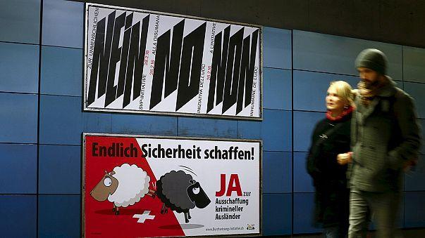 """Pour ou contre l'expulsion de """"criminels étrangers"""" : les Suisses votent"""