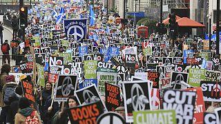 Londra'da nükleer silah karşıtı gösteri