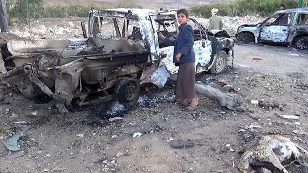 Bombing kills dozens at a market in Yemen