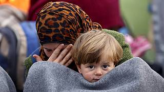 Χωρίς τέλος το δράμα των προσφύγων στα ελληνο-σκοπιανά σύνορα