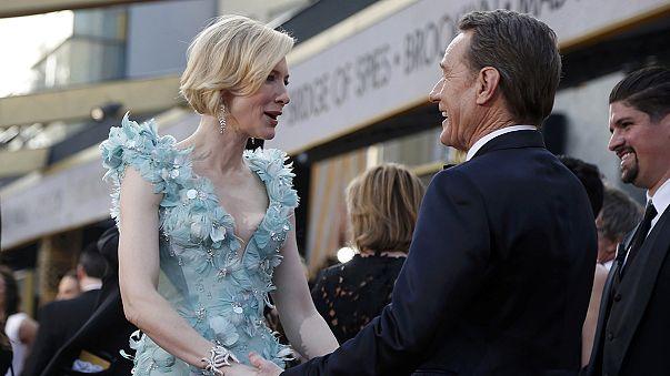 Hollywood hosts Oscars amid diversity row