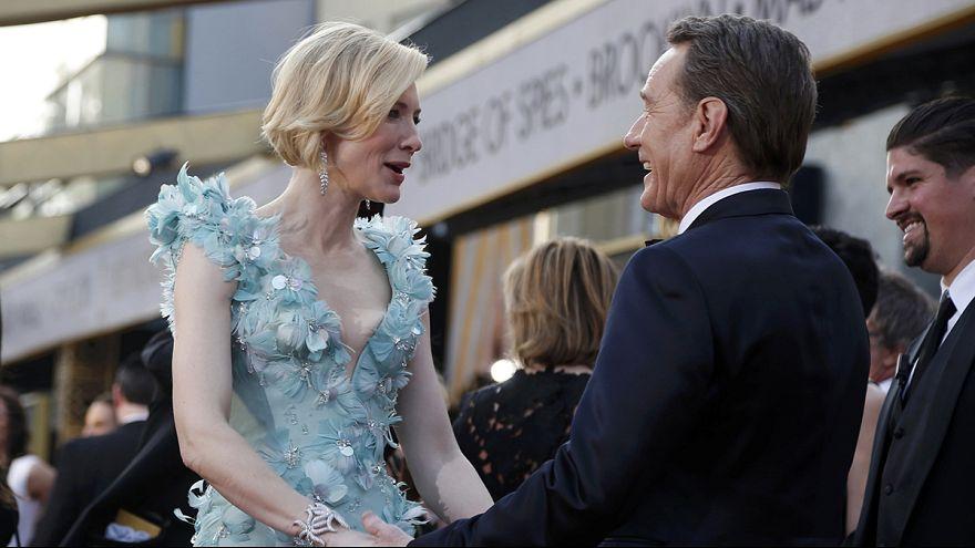 Oscar 2016, tra polemiche per assenza d'attori neri e sfilata di moda sul tappeto rosso