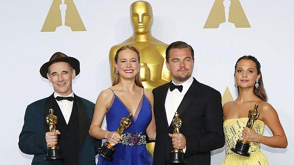 وأخيرا....ليوناردو دي كابريو يفوز بجائزة الأوسكار