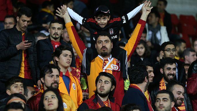 Galatasaray'da taraftar ne bekliyor yönetim ne vaadediyor?