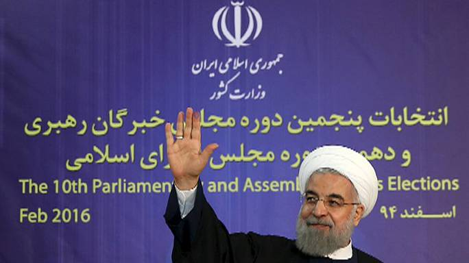 Irão: Triunfo absoluto de aliados de Rouhani em Teerão