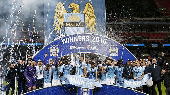 Troféu para o City em Inglaterra e o adeus do Real ao título em Espanha