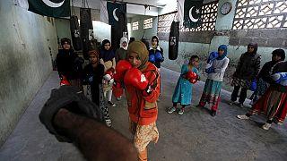 Karachi girls take to boxing