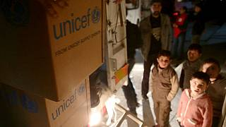 Hopes for Syrian aid despite ceasefire violations