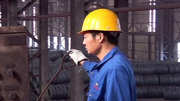 China vai despedir 1,8 milhões de trabalhadores dos setores do aço e carvão