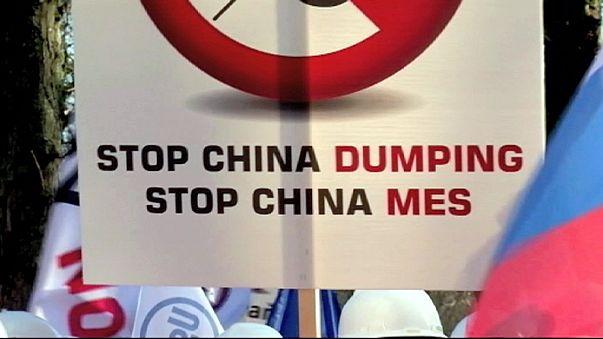 إستمرار المطالبة بحماية الصناعات الأوروبية من القدرة التنافسية الهائلة للانتاج الصيني