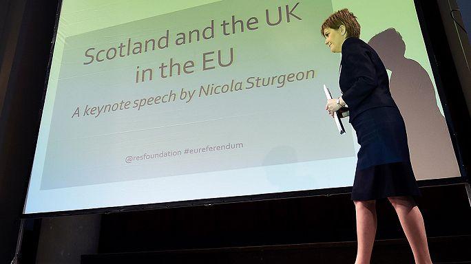 Az EU-n belül maradásra kérte a skót szavazókat Sturgeon