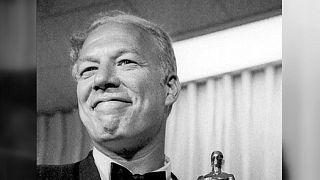 Cinema. Addio a George Kennedy, il gran cattivo di Hollywood, Oscar per 'Nick mano fredda'