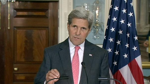 """Kerry says """"increasingly concerned"""" about Syrian refugees"""
