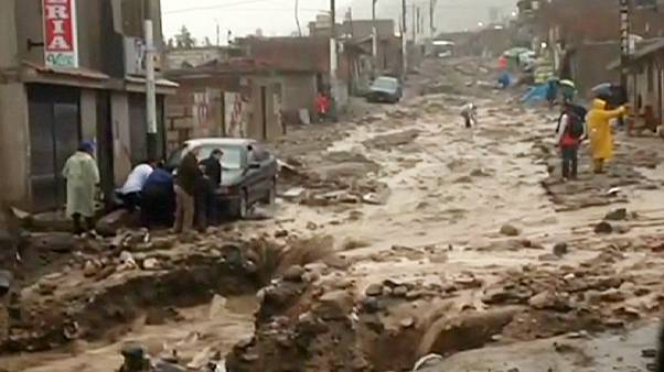 Peru sends in army to deal with floods blamed on El Niño