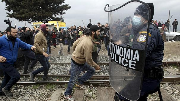 UN warns of looming humanitarian crisis in Greece as migrant numbers soar