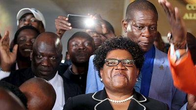 Zimbabwe : le parti de Joice Mujuru s'engage contre la corruption