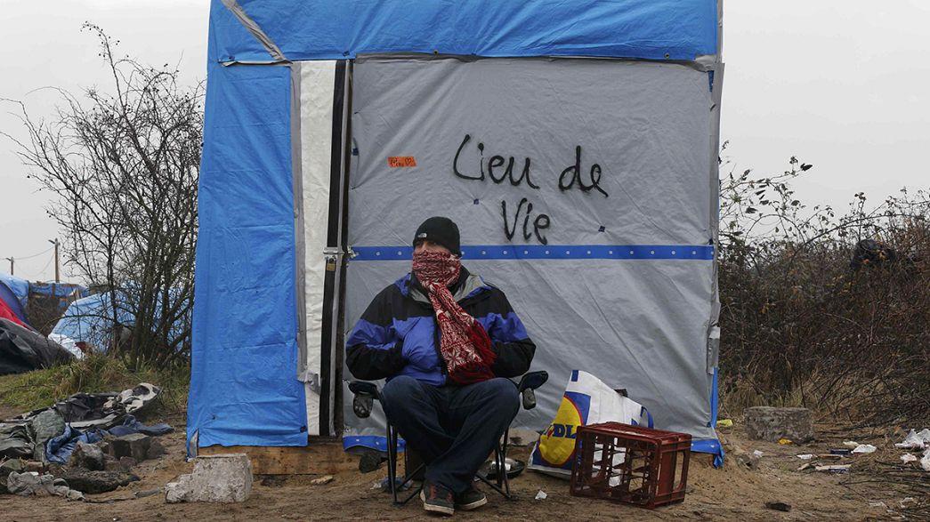 """Francia: prosegue sgombero alla """"giungla"""" di Calais"""