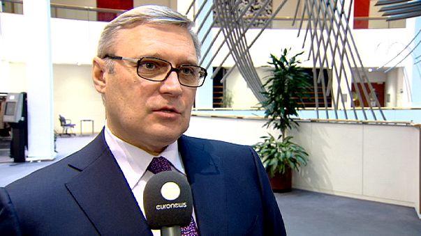 """Kasyanov, exprimer ministro ruso: """"Compartimos una visión única de Europa, desde Lisboa hasta Vladivostok"""""""