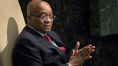Jacob Zuma échappe à une motion de défiance