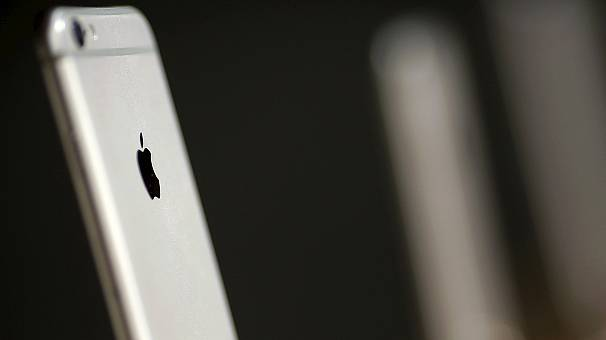 FBI admits outcome of data battle with Apple will set legal precedent