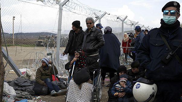 Vor den Toren: Die humanitäre Krise erreicht Griechenland