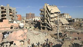 Turquia: Habitantes regressam à povoação devastada de Cizre