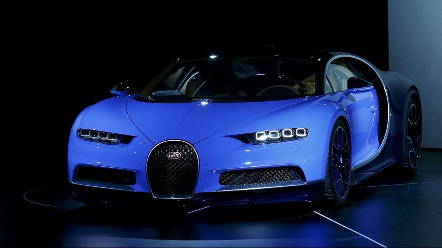Uçağa rakip Bugatti Cenevre Otomobil Fuarı'nda!