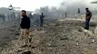 Cessez-le-feu précaire en Syrie : malgré les morts, l'aide humanitaire reprend