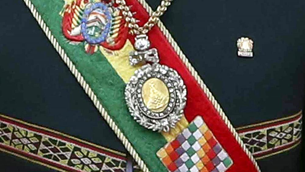 Medal worn by Bolivian presidents stolen from red-light district
