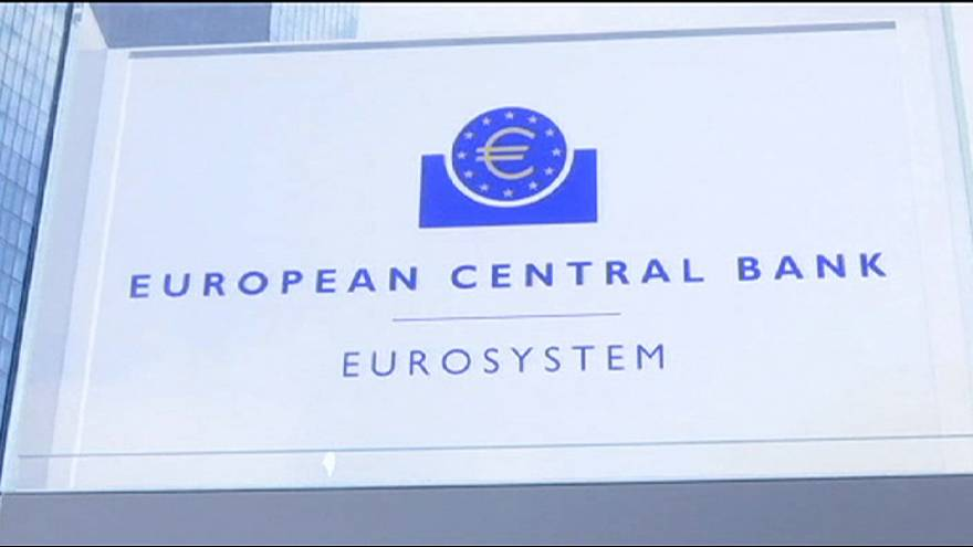 Eurozona, rallenta l'attività economica. Gli analisti: troppe incertezze