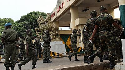 Guinée: six militaires condamnés pour manquements remis en liberté