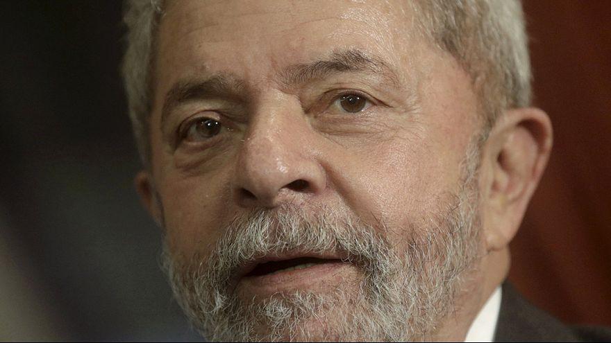 Brezilya eski Devlet Başkanı Lula da Silva gözaltına alındı