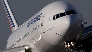 Αεροπλάνο της Air France πέρασε ξυστά από drone την ώρα της προσγείωσής του!
