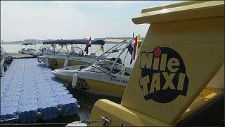 Les taxis sur le Nil, option pour contourner les embouteillages en Egypte