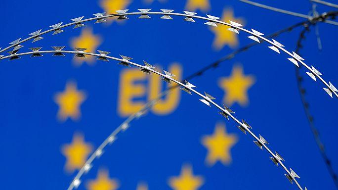 AB Komisyonu Schengen'i kurtarmaya çalışıyor