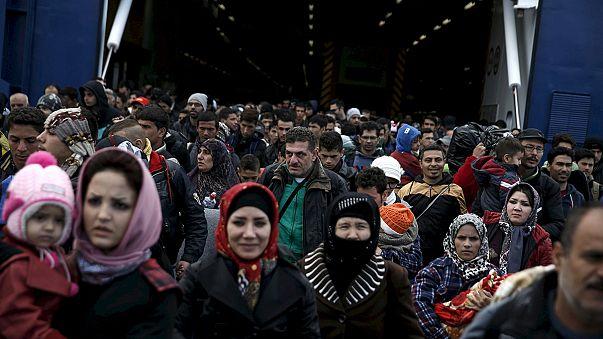 """""""Europe Weekly"""": Dividida, Europa continua a debater-se com a crise migratória"""