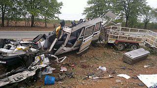 Zimbabwe : 30 morts et des dizaines de blessés dans un accident de bus