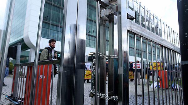 Власти Турции берут под контроль оппозиционную газету