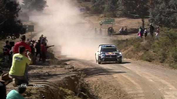 Jari-Matti Latvala se coloca en primera posición del rally de México