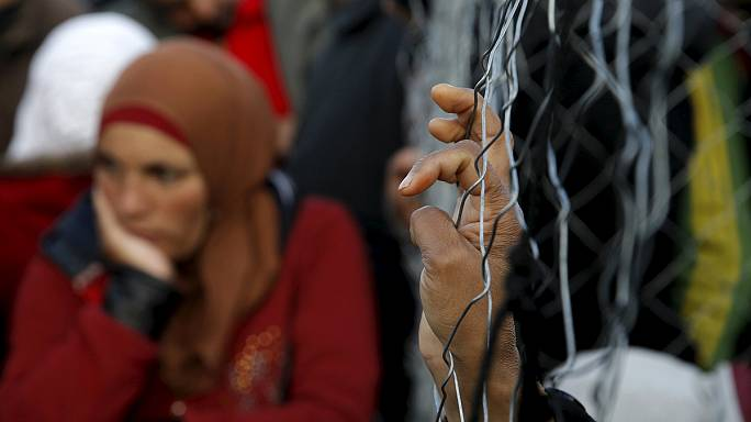 Migrant crisis: Greece urged to declare state of emergency
