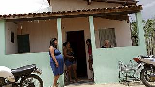 Brazilians push for Zika pregnant women to abort foetus