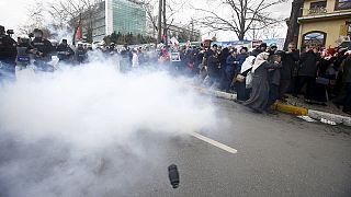 Nouvelles tensions en Turquie après la mise sous tutelle du journal d'opposition Zaman