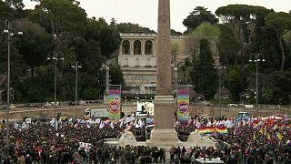 İtalyanlar sivil birliktelik yasasını yeterli bulmadı