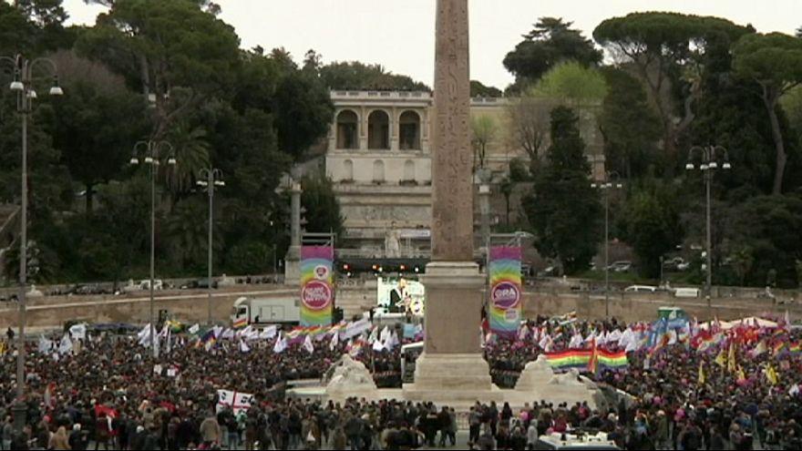 Róma: melegek tüntettek az egyenlő jogú házasságért