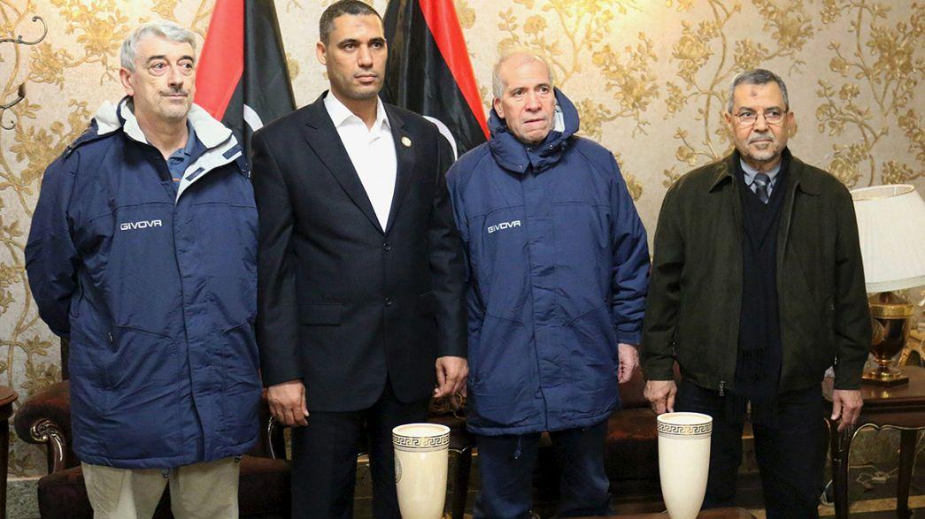 Libya: freed Italian hostages arrive in Rome