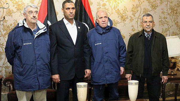 Два итальянских заложника из четырех прилетели в Рим