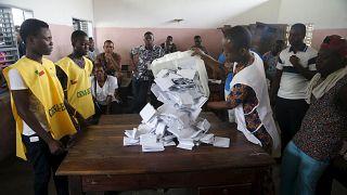 Présidentielle au Bénin : dans l'attente des premières tendances