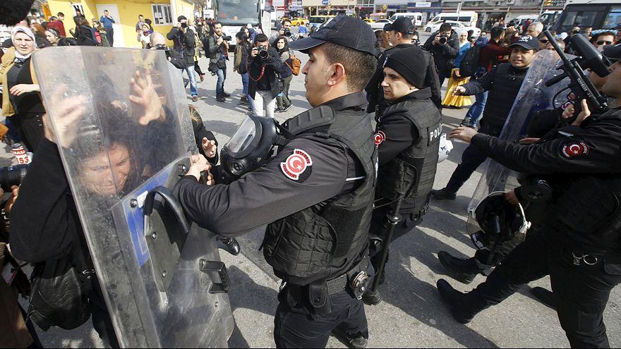 Gewalt in Istanbul bei verbotener Frauendemonstration